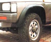 LESTER lemy blatníků Nissan King Cab -- do roku výroby -92
